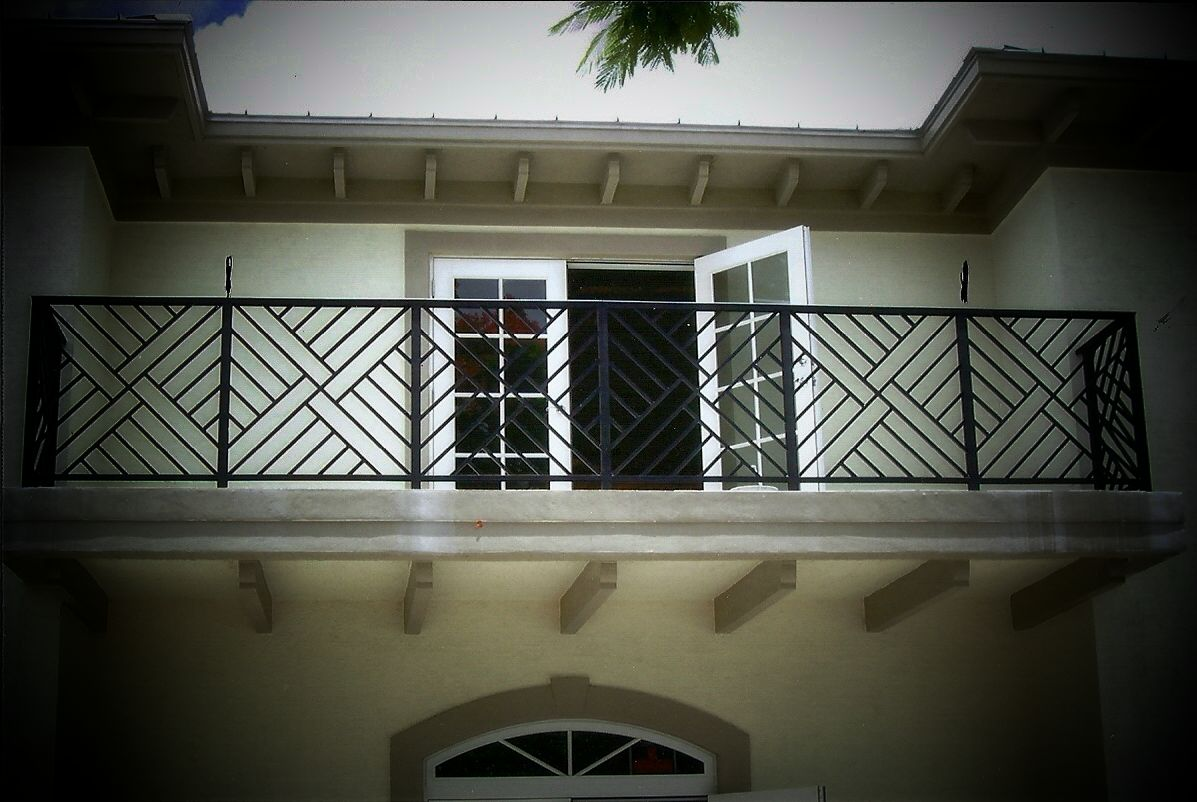 West palm beach railing manufacturer and installation - Modern balcony railing design ...